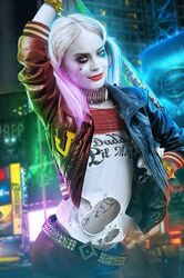 batman batman_(series) blonde_hair blue_eyes bosslogic daddys_lil_monster dc dc_comics earrings fake harley_quinn lipstick makeup margot_robbie puddin smile suicide_squad
